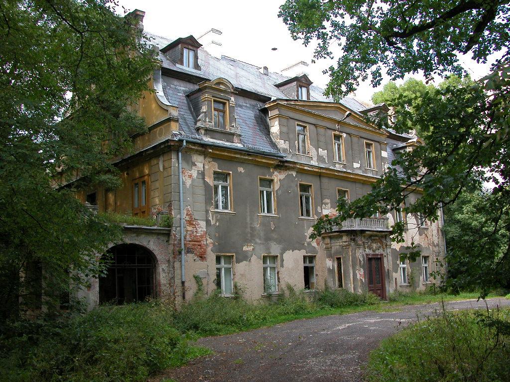 pałac w Biestrzykowicach.jpeg