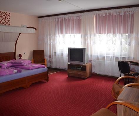 Hotel-Arenda-Czarnowasy-833330.jpeg