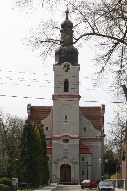Kościół - wikok ogólny.jpeg