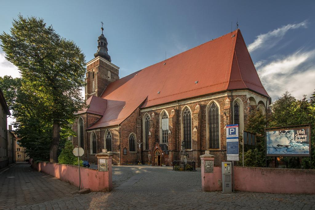 Kościół Namysłów.jpeg