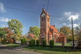 Kościół św. Jadwigi Śląskiej w Woskowicach Górnych.jpeg