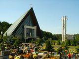 Kościół Trójcy Świętej w Murowie.jpeg